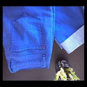 BDG Cigarette Mid Rise Jeans in size 29x30